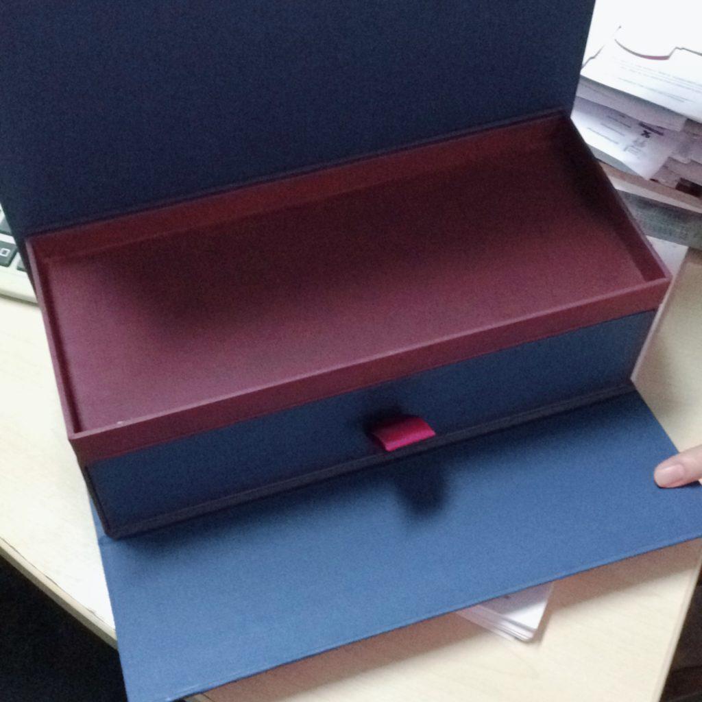 กล่องจั่วปัง กล่องกระดาษแข็ง โรงงานผลิตกล่องจั่วปัง กล่องพรีเมี่ยม กล่องของขวัญ